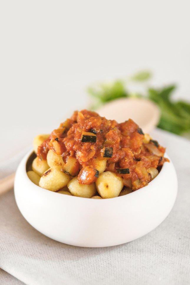 recetas veganas fáciles ñoquis con pisto vegano