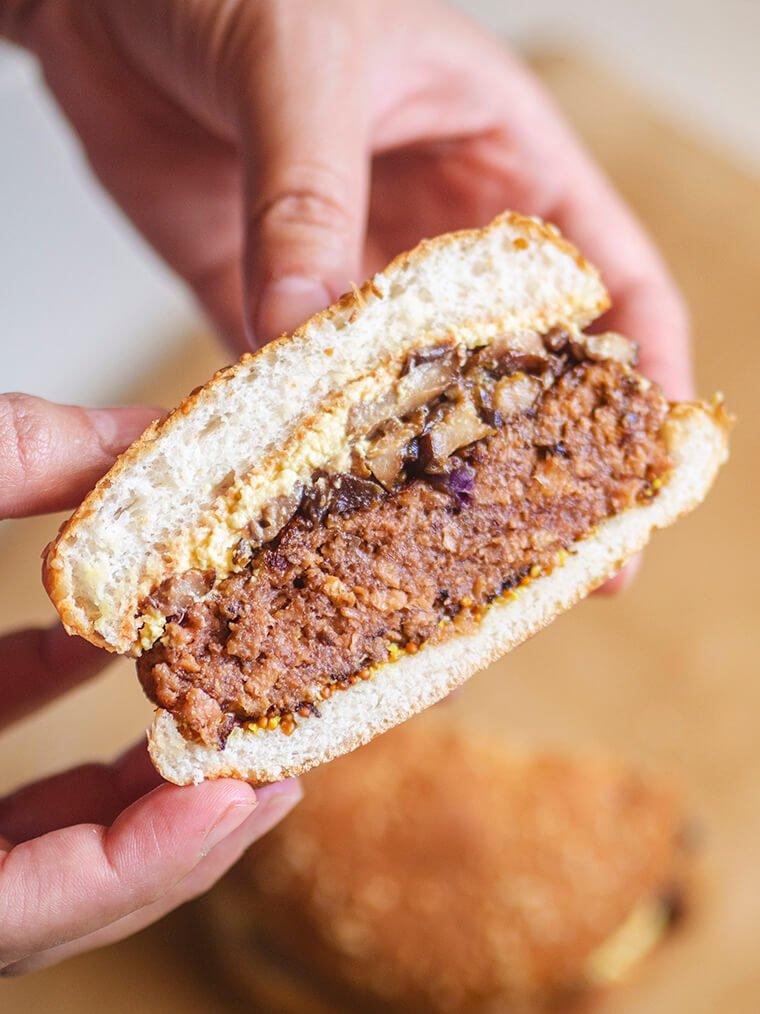 hamburguesa vegana de soja texturizada